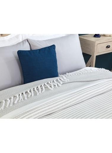Madame Coco Margaret Çift Kişilik Yatak Örtüsü - Beyaz / Gri Beyaz